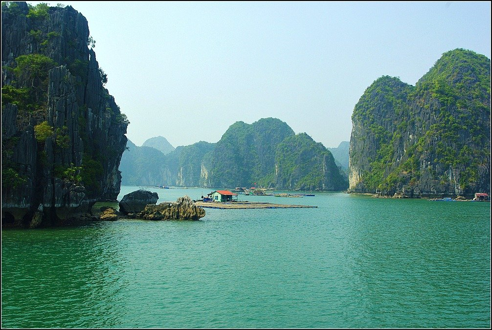 Lan Ha Bay Vietnam rival for Halong Bay