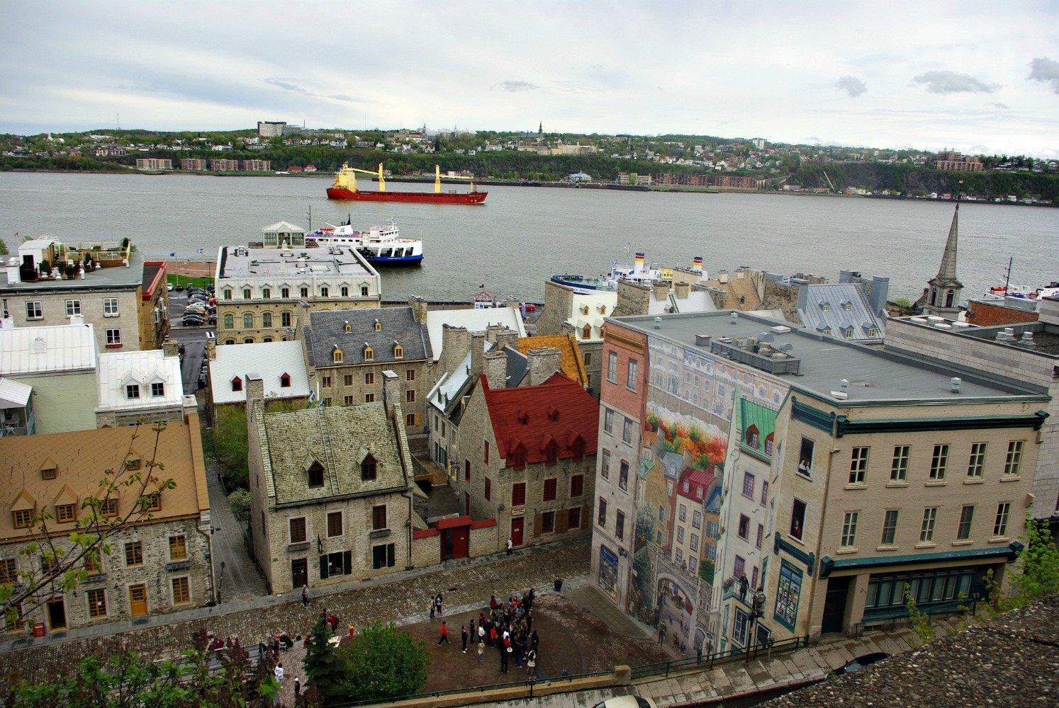 Welcome to the Only Walled City North of Mexico City: Quebec City