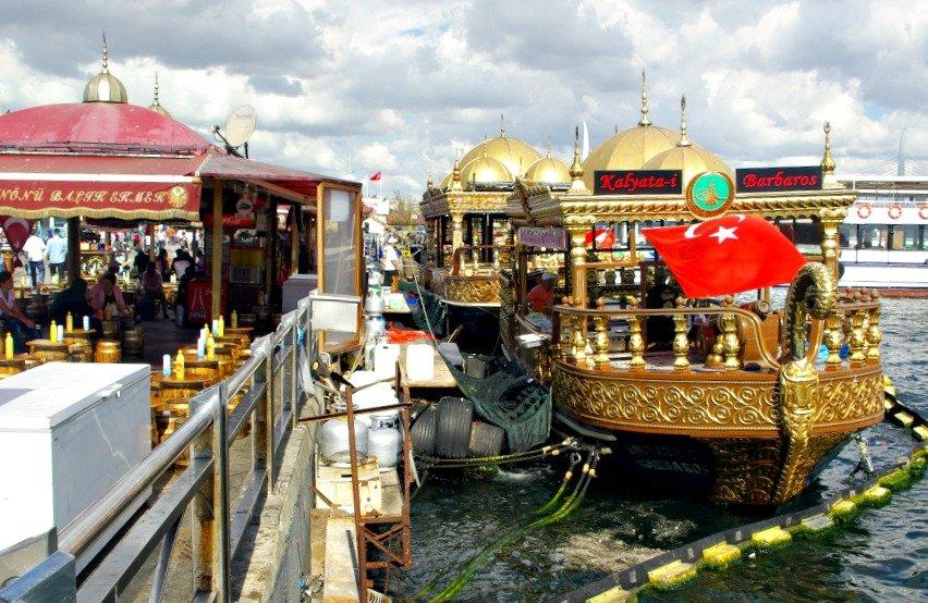 Fantastic Friday Balik Emek at Eminönü Plaza Istanbul