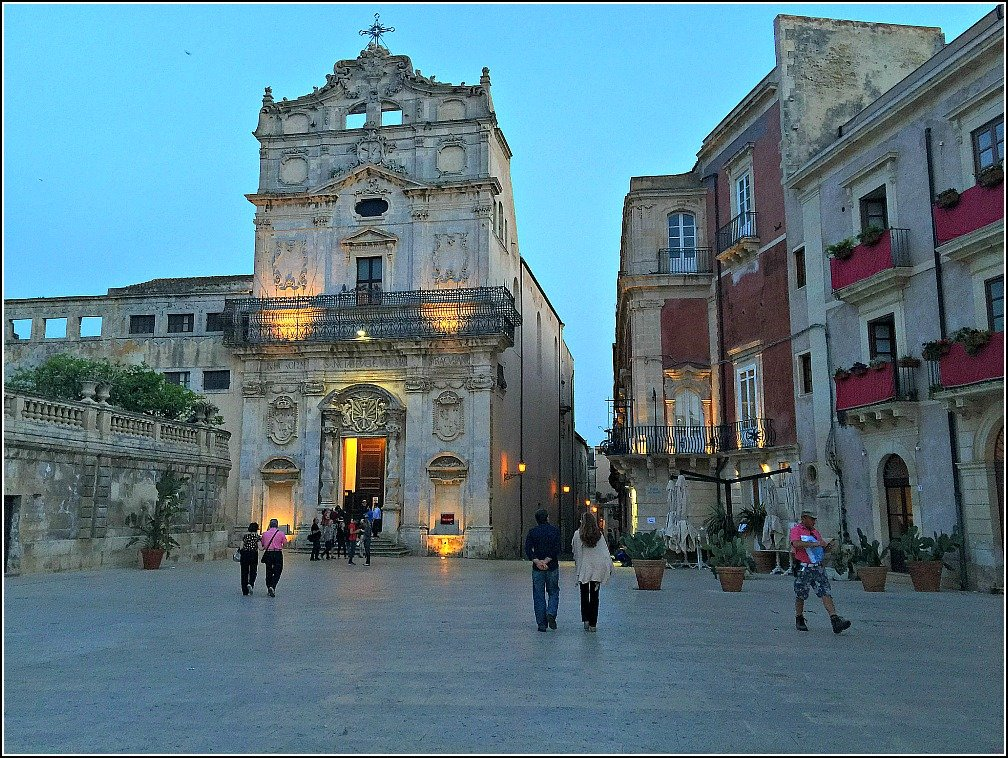 The Seductive Streets of Siracusa Sicily