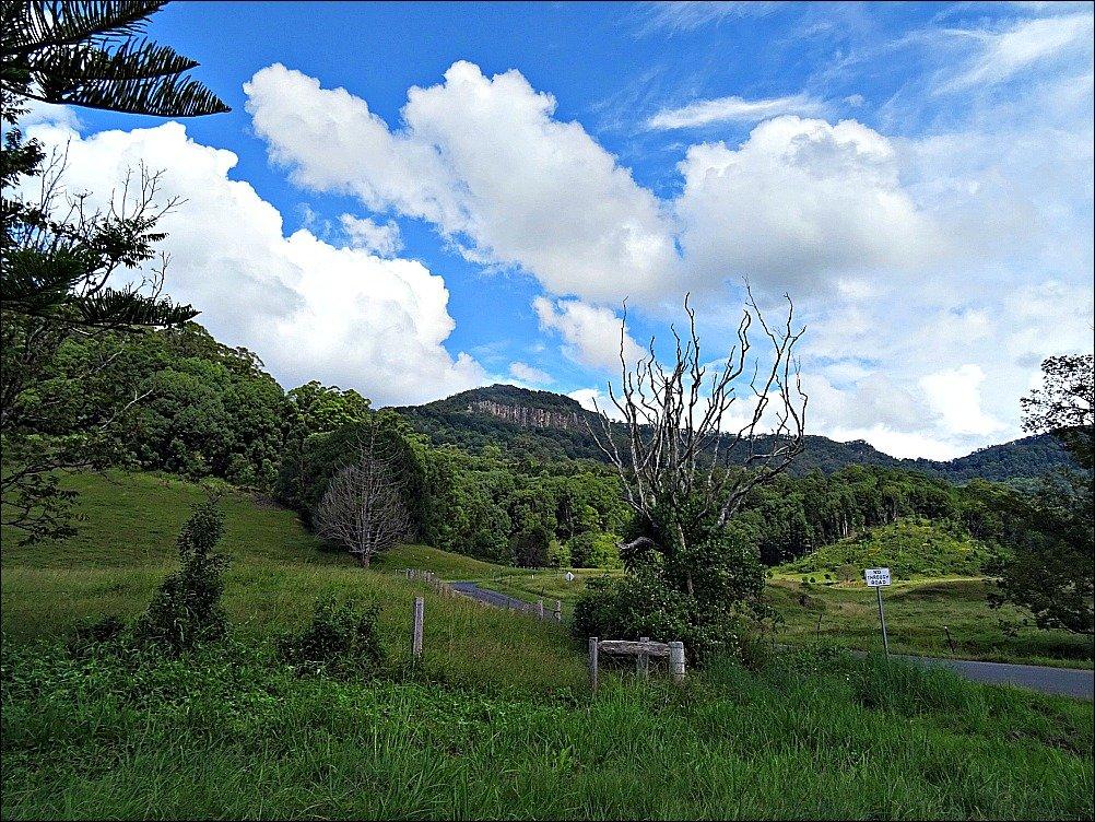 An Aussie Sunday Drive Mullumbimby to Uki