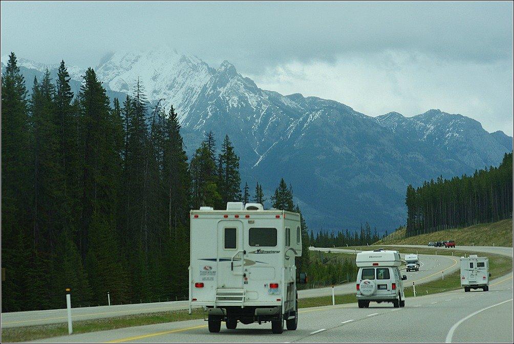Banff Hoodoos and Lake Minnewanka Hike - Banff to Jasper Trans Canada Highway